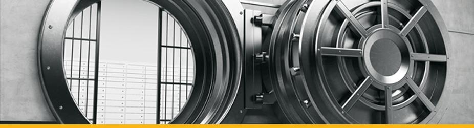 Kryptographie - Großer Metall-Tresor